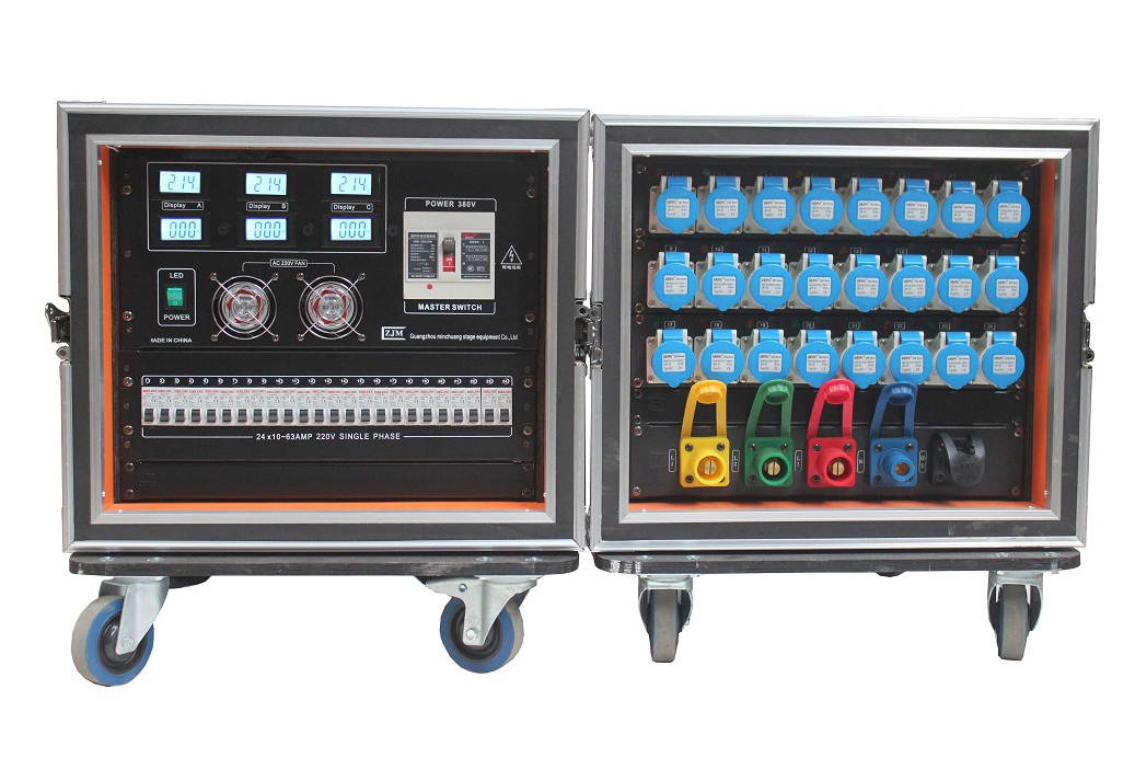 1、供电范围:三相五线制AC380V输入,AC220V输出 2、输出:总功率84KW,单相24*3.5KW,可适用于任何负载 3、设有总开关和分空开,过载与短路双重保护高分段空气开关 4、三相电压电流实时监测,直观显示 5、带人性化LED夜视照明系统 6、外形尺寸:国际标准9U航空箱 1. 3 phase 5 line, AC380V input, AC220 output 2.